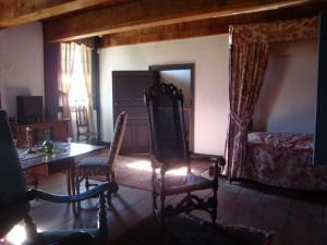 GHOST HUNTING - Old Bethpage Village Restoration - Schkank Parlour