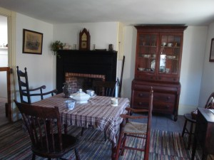 GHOST HUNTING - Old Bethpage Village Restoration - Conklin Dining/Sitting Room
