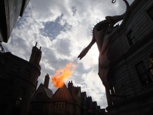 Diagon Alley - Gringot's Dragon