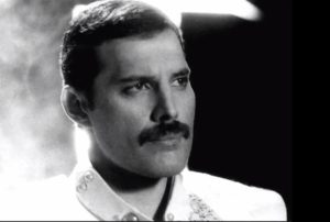 Freddie Mercury – The Show Must Go On